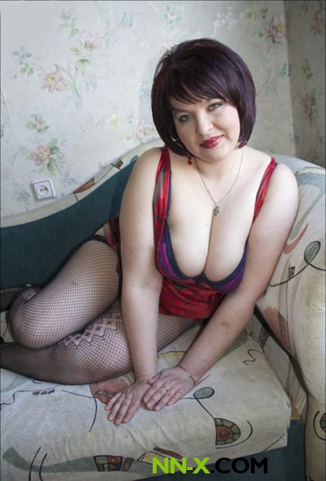 prostitutki-individualki-nizhnego-nedorogo-smotret-onlayn-trahnuli-tolpoy